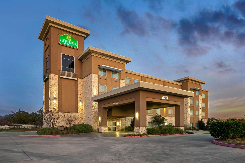 La Quinta Inn Suites Northwest Beltway 8 Houston Tx See Discounts