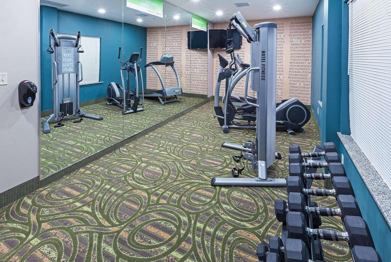 Fitness/ Exercise Room - La Quinta Inn & Suites Durant
