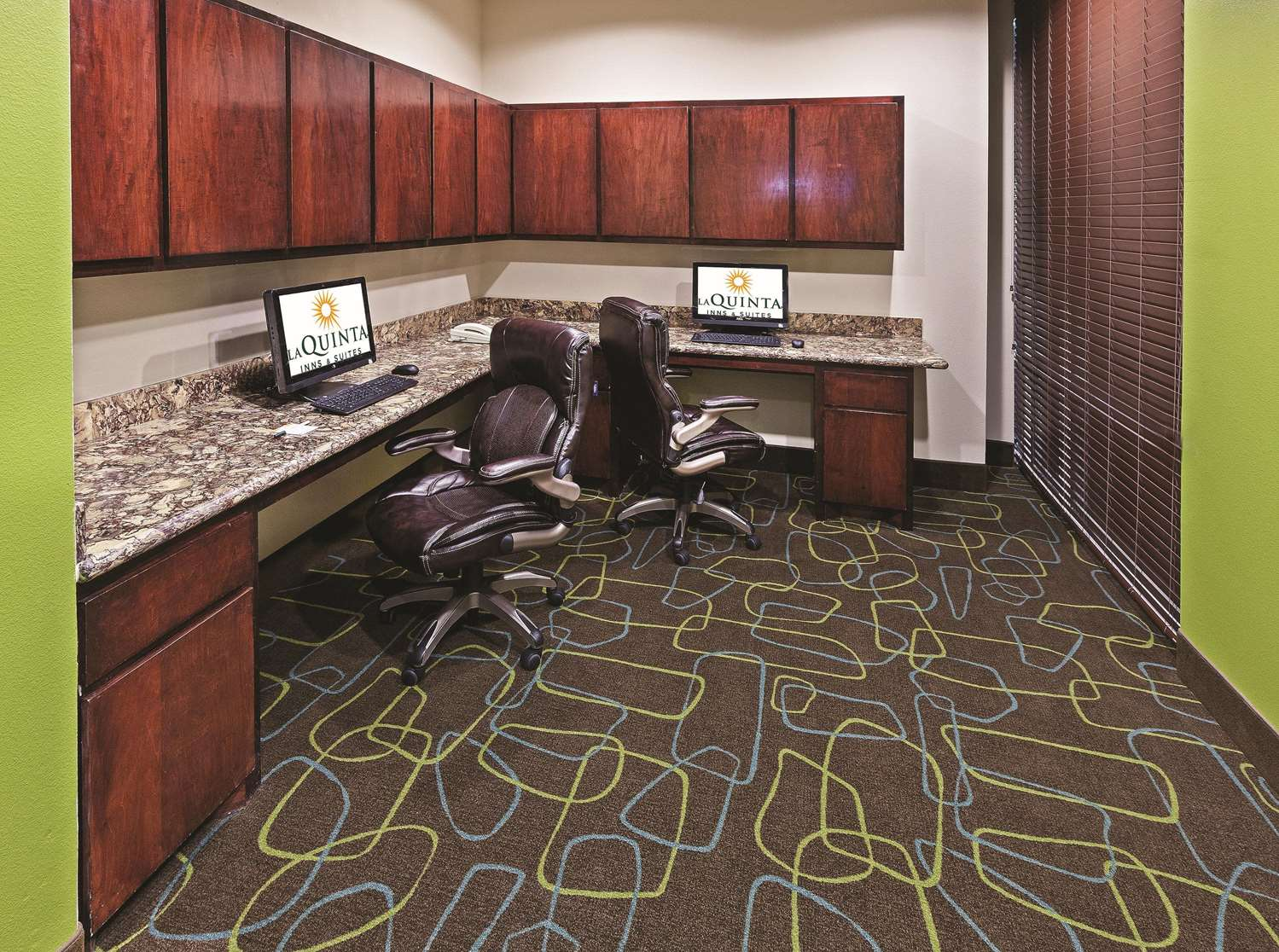 Conference Area - La Quinta Inn & Suites FM 1960 Willowbrook Houston
