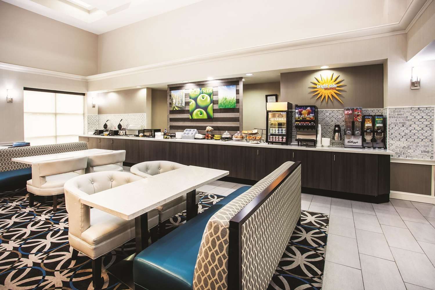 proam - La Quinta Inn & Suites Elkton