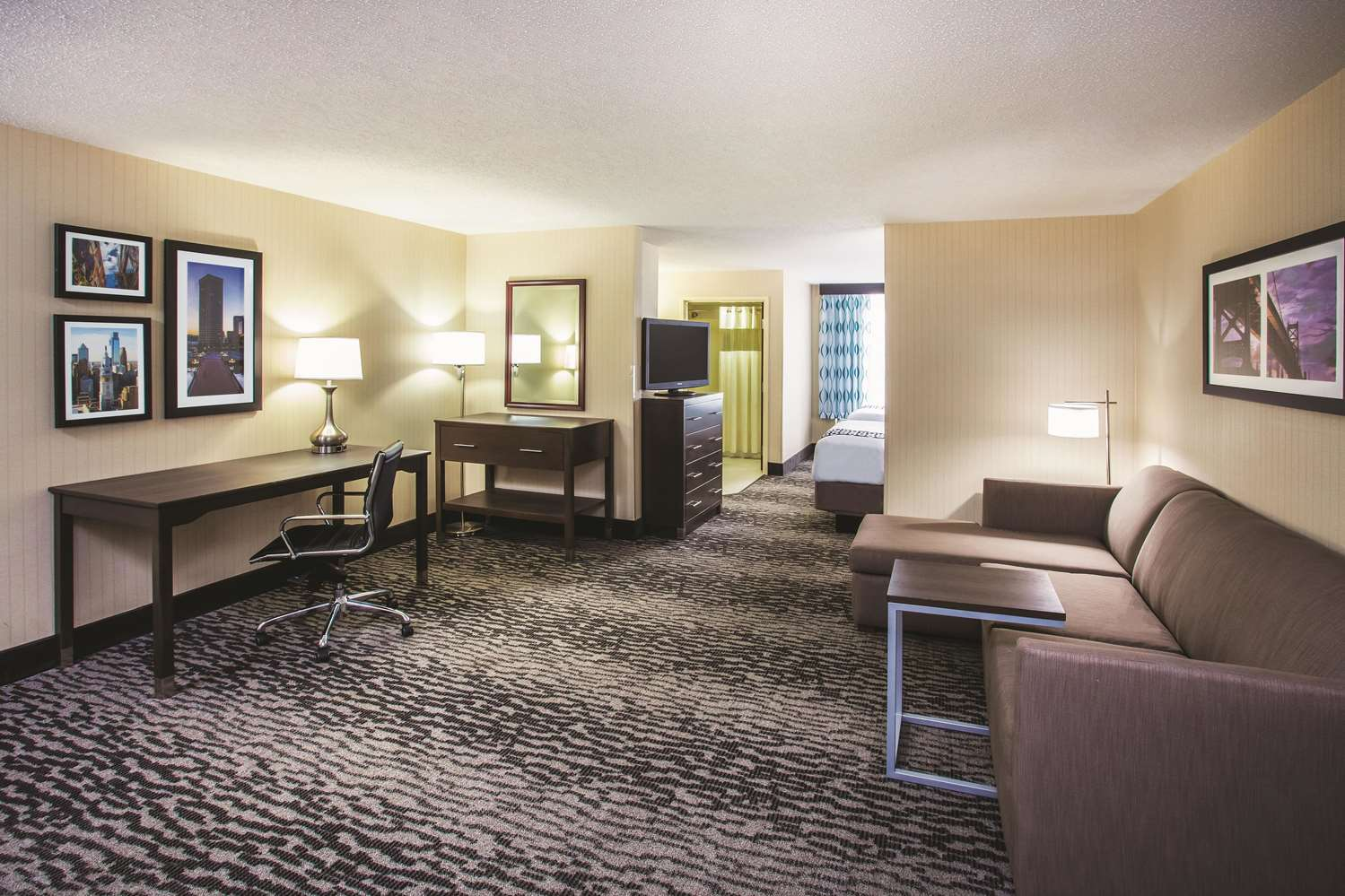 Suite - La Quinta Inn & Suites Elkton