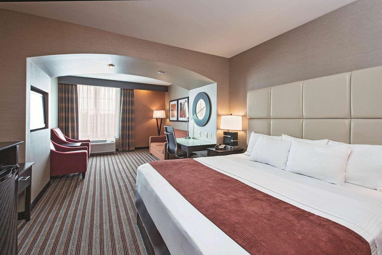 Room - La Quinta Inn & Suites Hershey Harrisburg