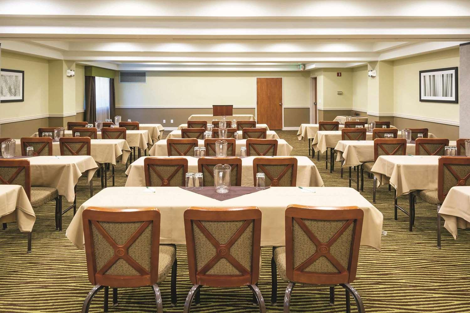 Meeting Facilities - La Quinta Inn & Suites Towne Square Boise