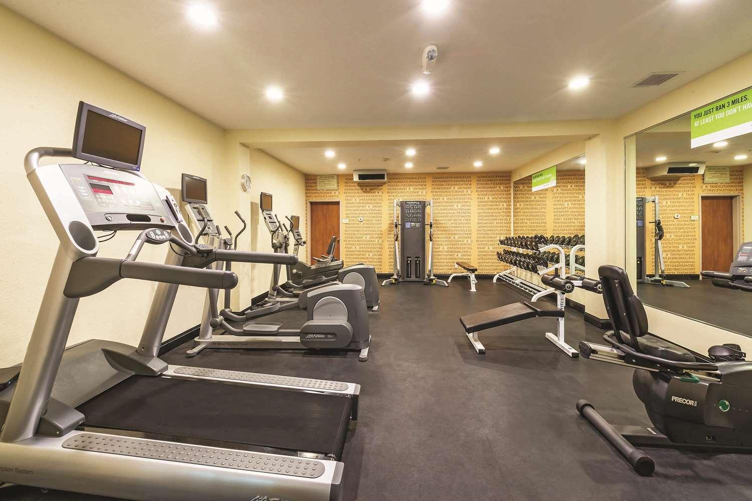 Fitness/ Exercise Room - La Quinta Inn & Suites Towne Square Boise