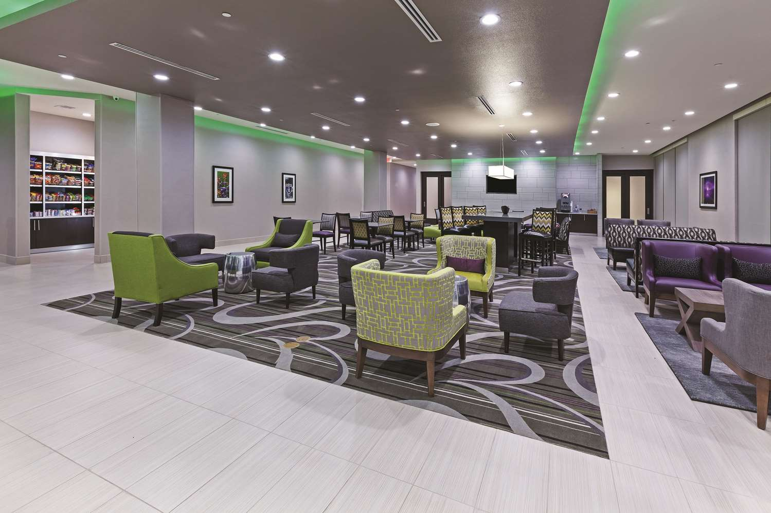 Lobby - La Quinta Inn & Suites South College Station