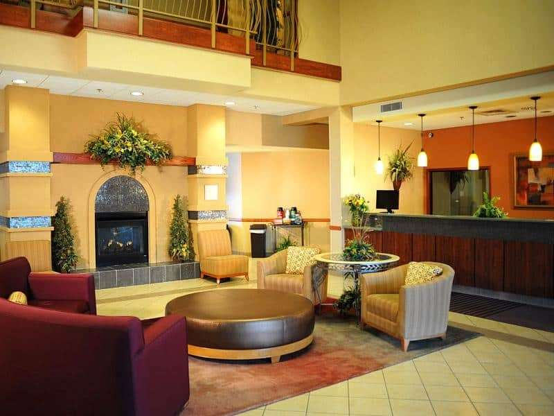Lobby - La Quinta Inn & Suites SGF Airport Springfield