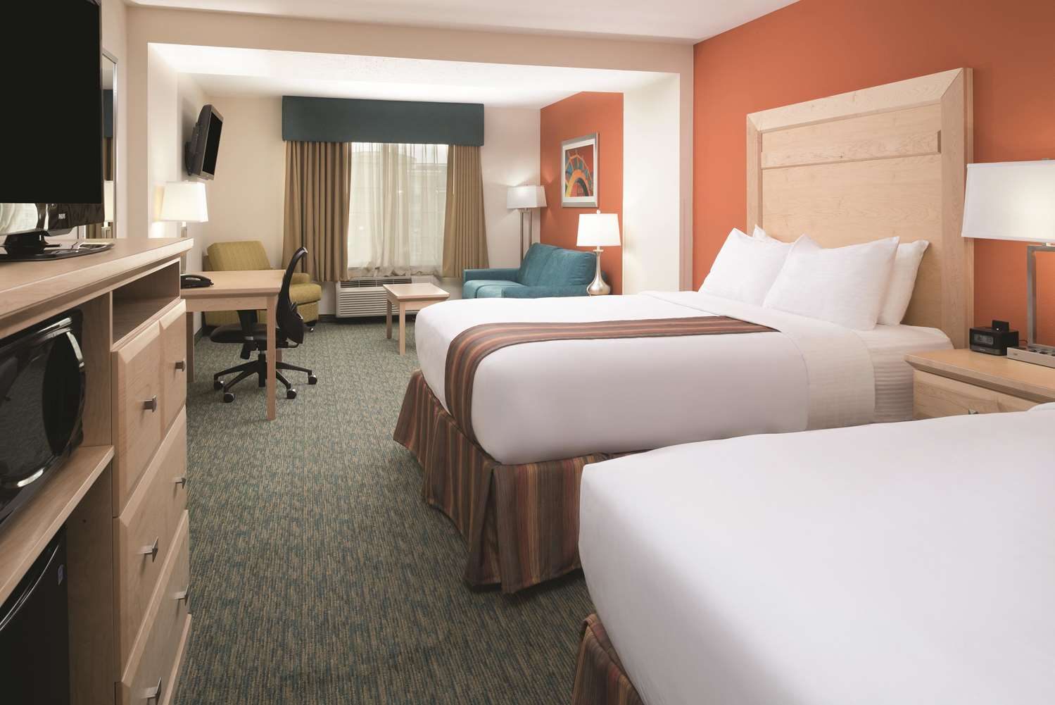 Room - La Quinta Inn & Suites Grand Forks
