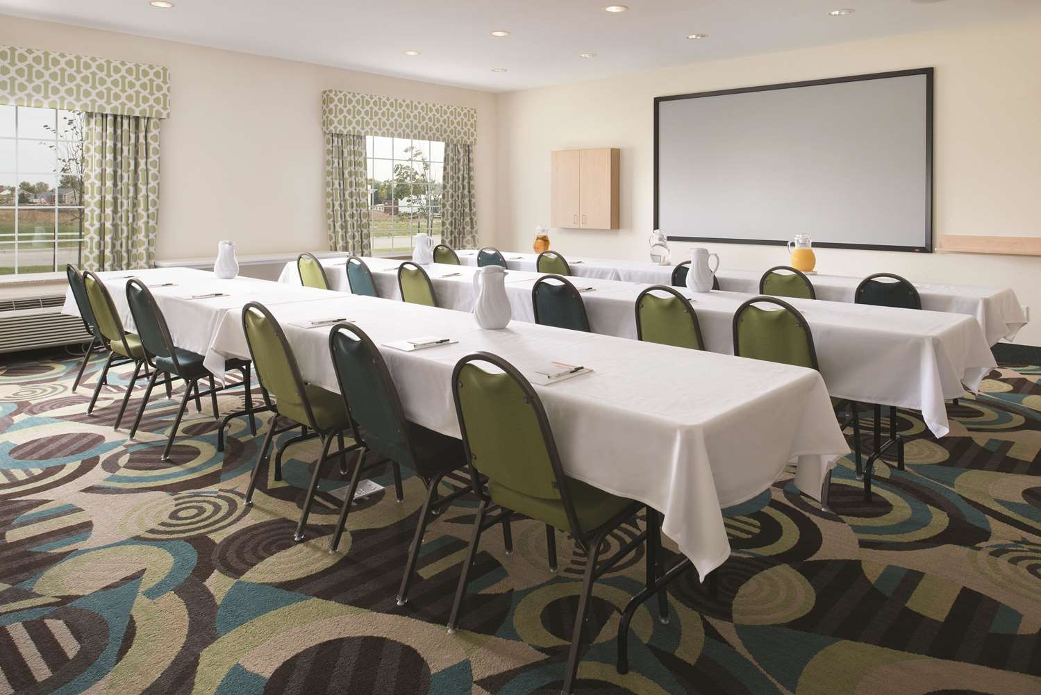 Meeting Facilities - La Quinta Inn & Suites Grand Forks