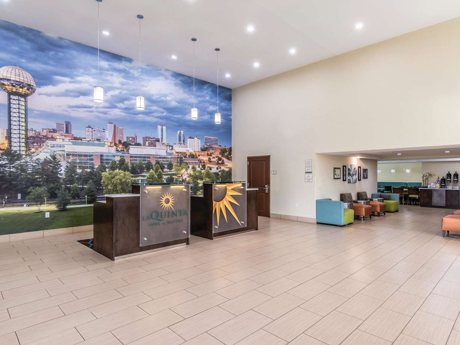 Lobby - La Quinta Inn & Suites Central Papermill Knoxville