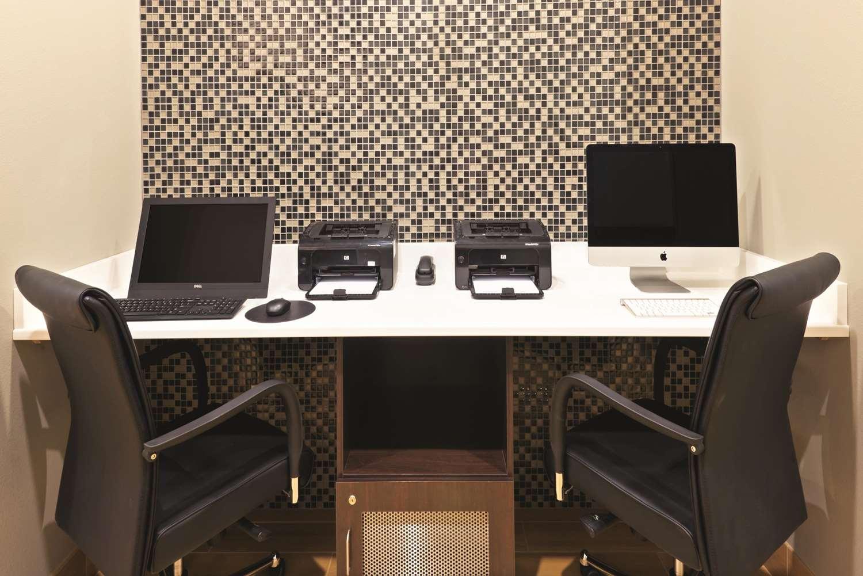 Conference Area - La Quinta Inn & Suites Billings