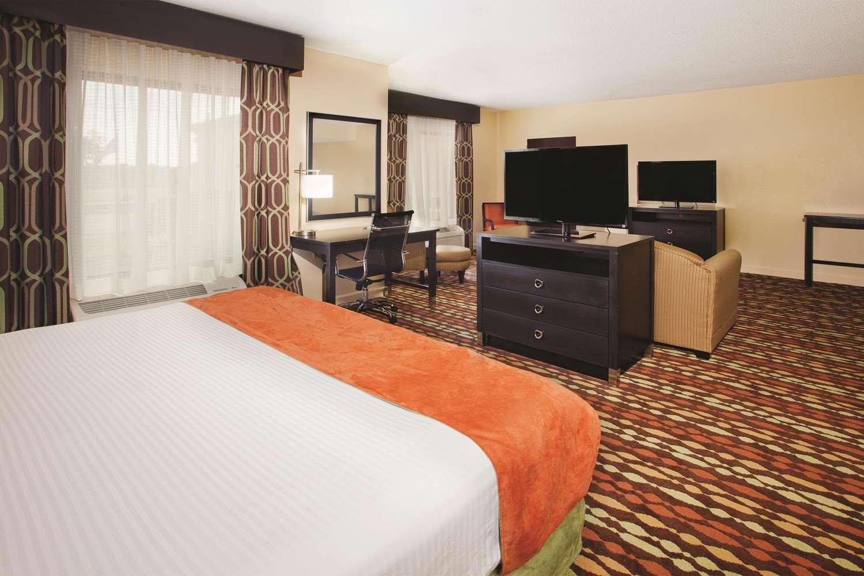Room - La Quinta Inn & Suites Florence