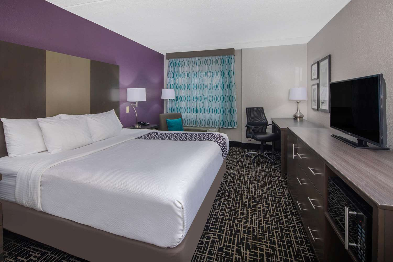 Room - La Quinta Inn & Suites East Ridge