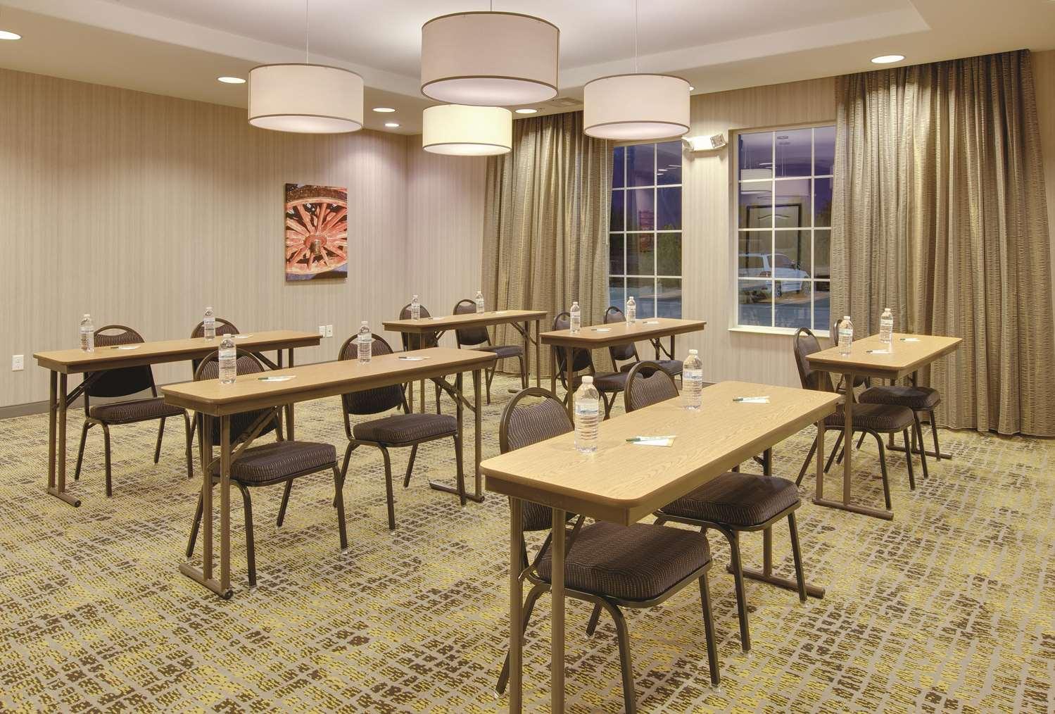 Meeting Facilities - La Quinta Inn & Suites Andrews