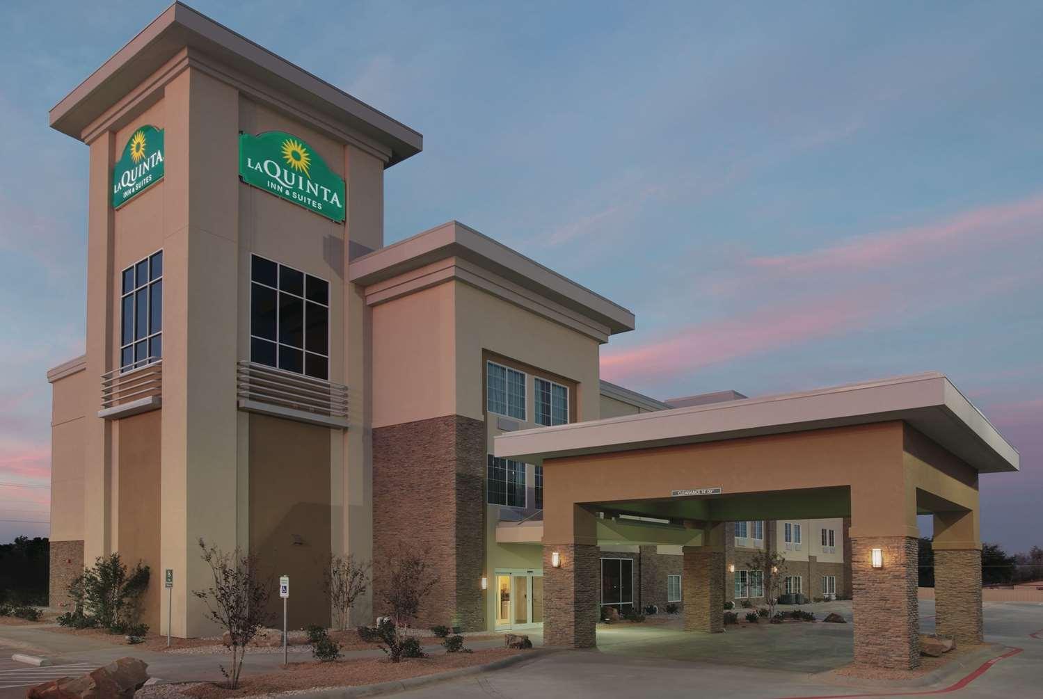 Exterior view - La Quinta Inn & Suites Andrews