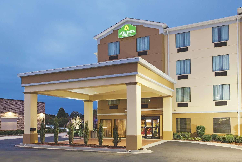Exterior view - La Quinta Inn & Suites Warner Robins