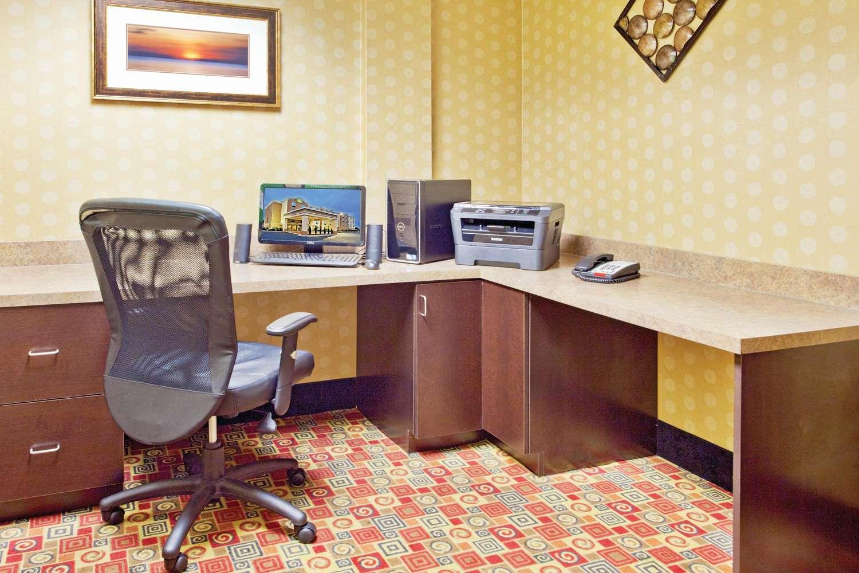Conference Area - La Quinta Inn & Suites Warner Robins