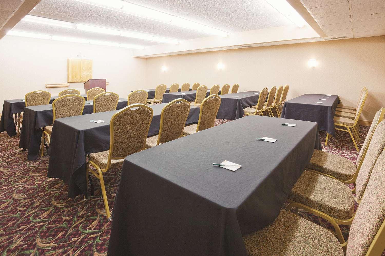 Meeting Facilities - La Quinta Inn & Suites Minnetonka