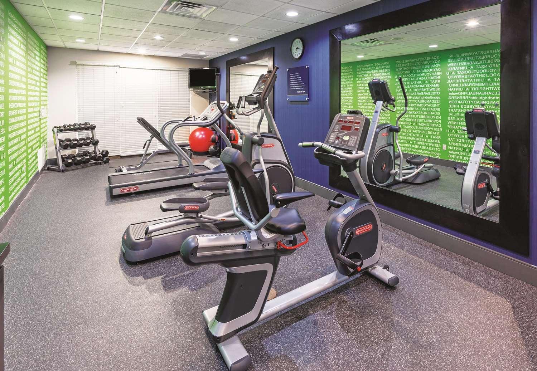 Fitness/ Exercise Room - La Quinta Inn & Suites North Padre Island Corpus Christi
