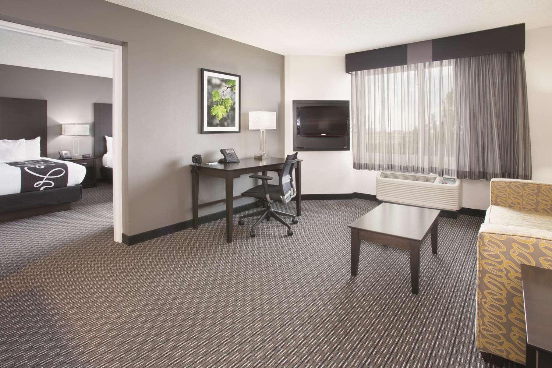 Suite - La Quinta Inn & Suites Greenwood Village