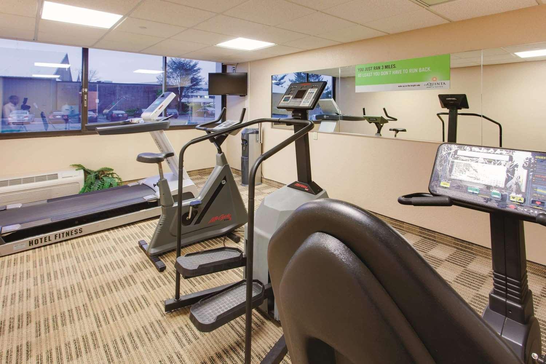 Fitness/ Exercise Room - La Quinta Inn & Suites Fairfield