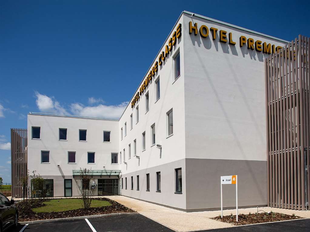Hôtel Première Classe CHARTRES SUD - Barjouville