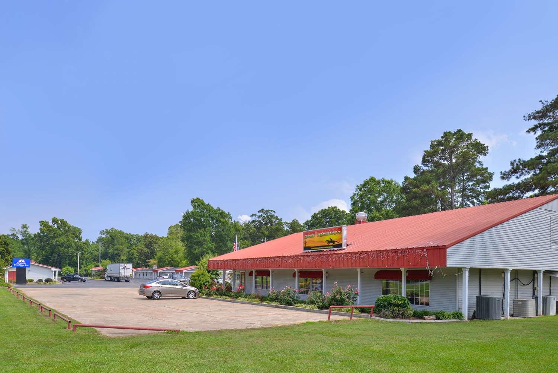 Exterior view - Americas Best Value Inn Winnsboro