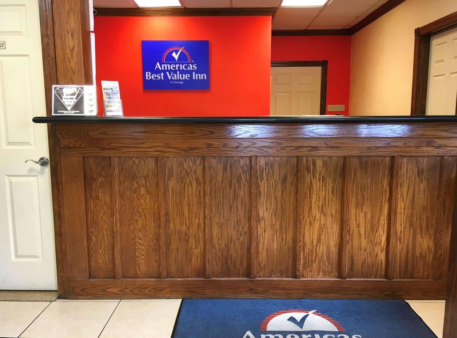 Lobby - Americas Best Value Inn Winnsboro