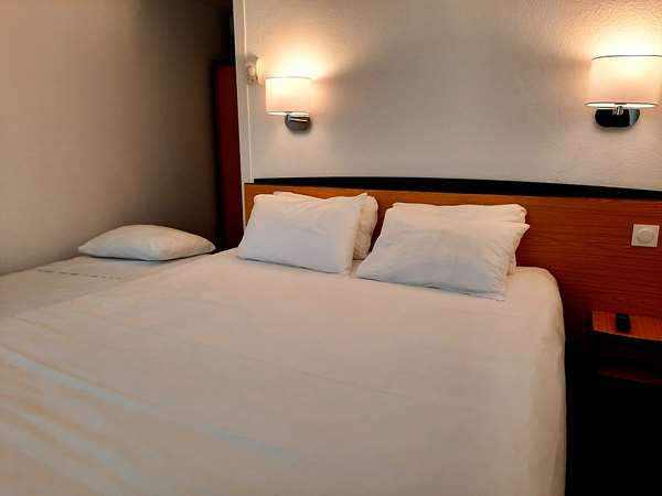 HOTEL KYRIAD BLOIS NORD