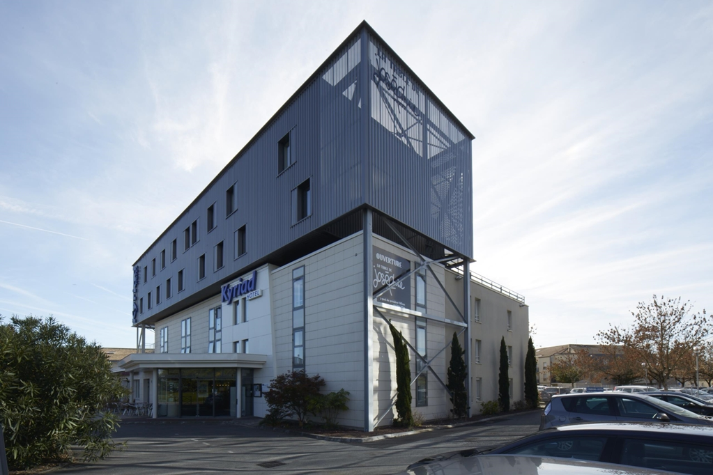 H tel moderne kyriad bordeaux b gles kyriad for Hotels bordeaux