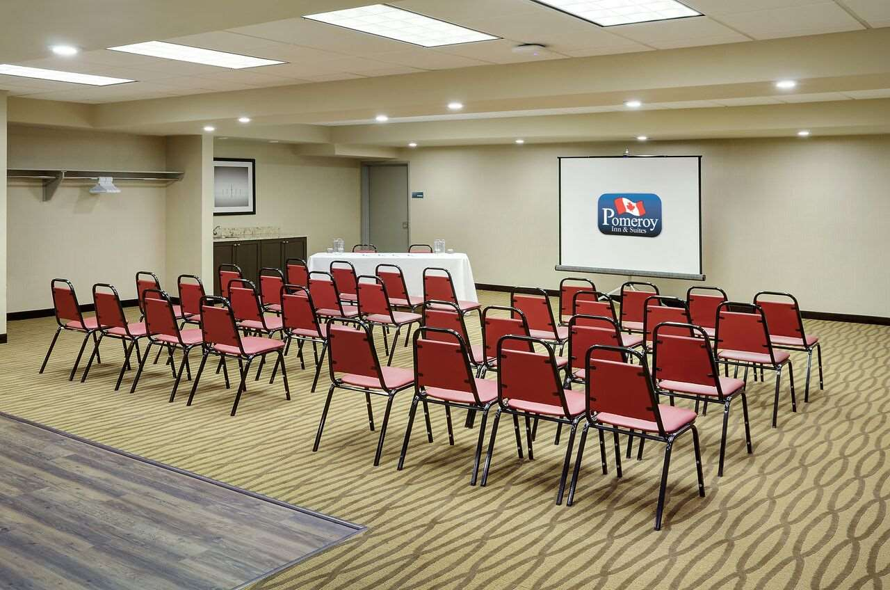 Meeting Facilities - Pomeroy Inn & Suites Vermilion