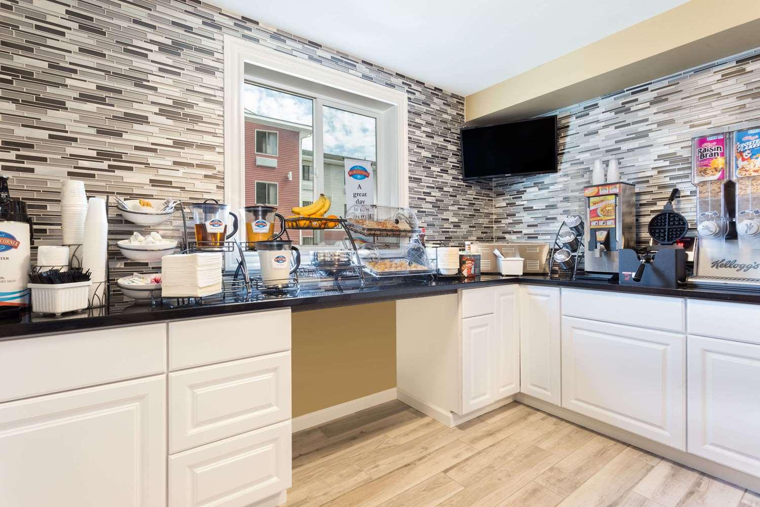 proam - Baymont Inn & Suites Spokane Valley