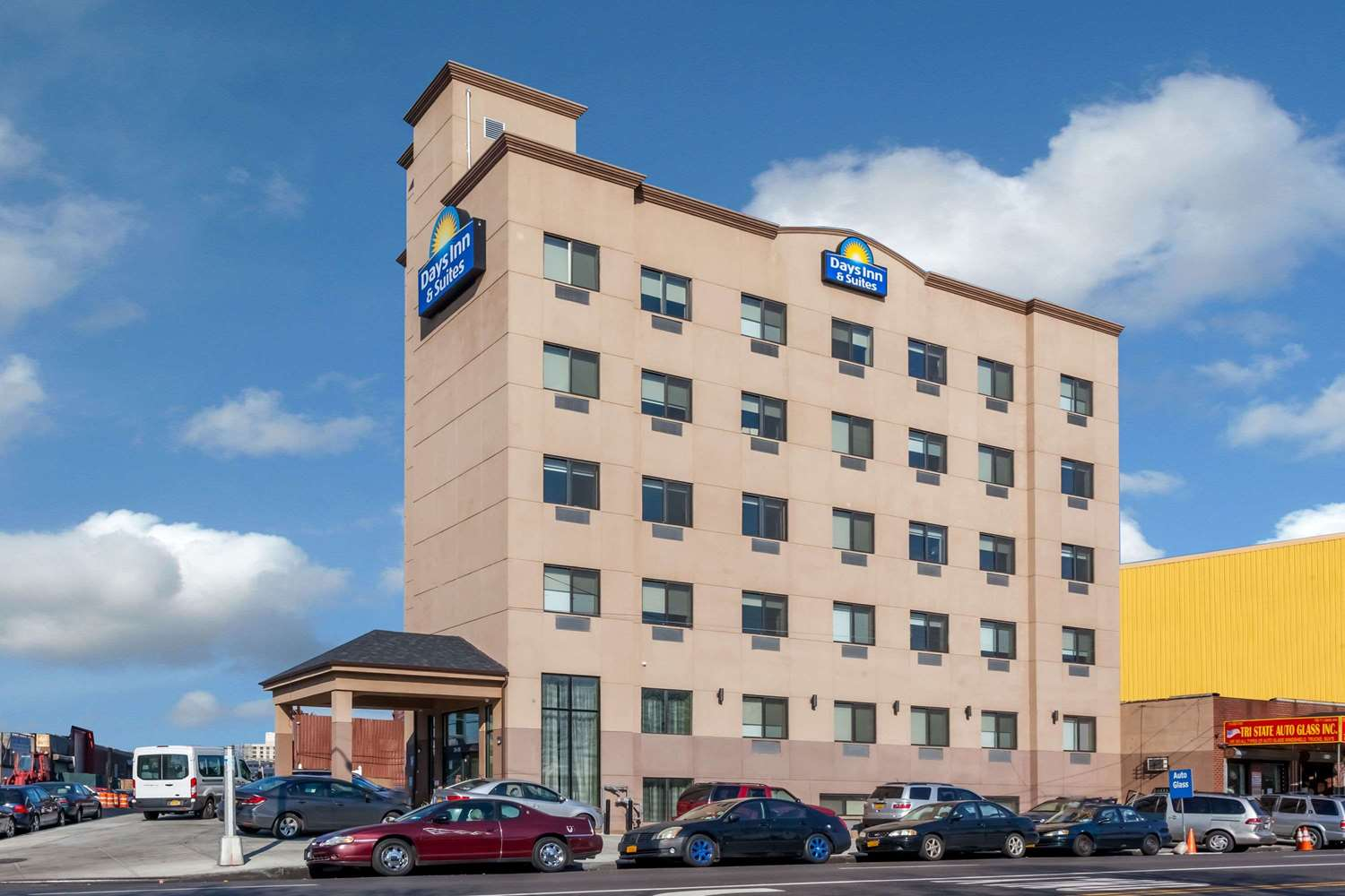 Exterior view - Days Inn & Suites JFK Airport Jamaica Queens