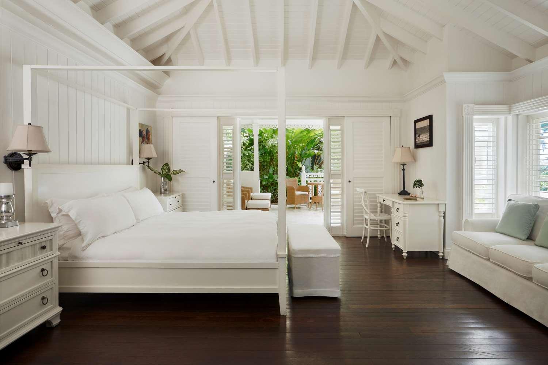 Luxury Villa Bedroom