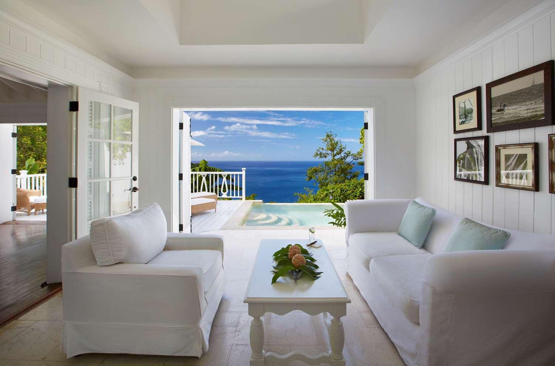 Superior Luxury Villa Living Room