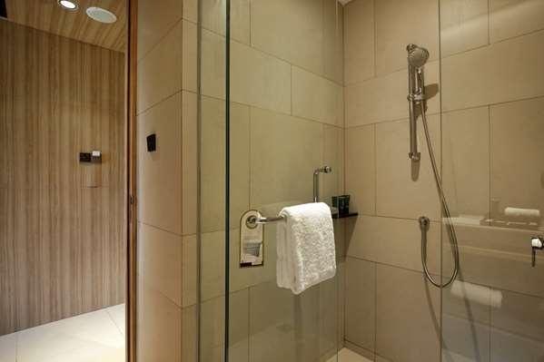 Hotel ROYAL TULIP GOLF RESORT GUNUNG GEULIS - Deluxe Room