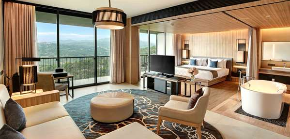 Hotel ROYAL TULIP GOLF RESORT GUNUNG GEULIS - Junior Suite