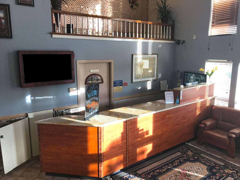 Lobby - Americas Best Value Inn Lynnwood