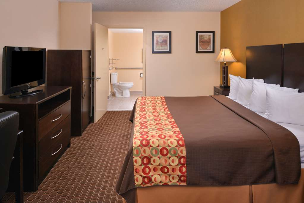 AMERICAS BEST VALUE INN TUPELO  BARNES CROSSING - Tupelo MS