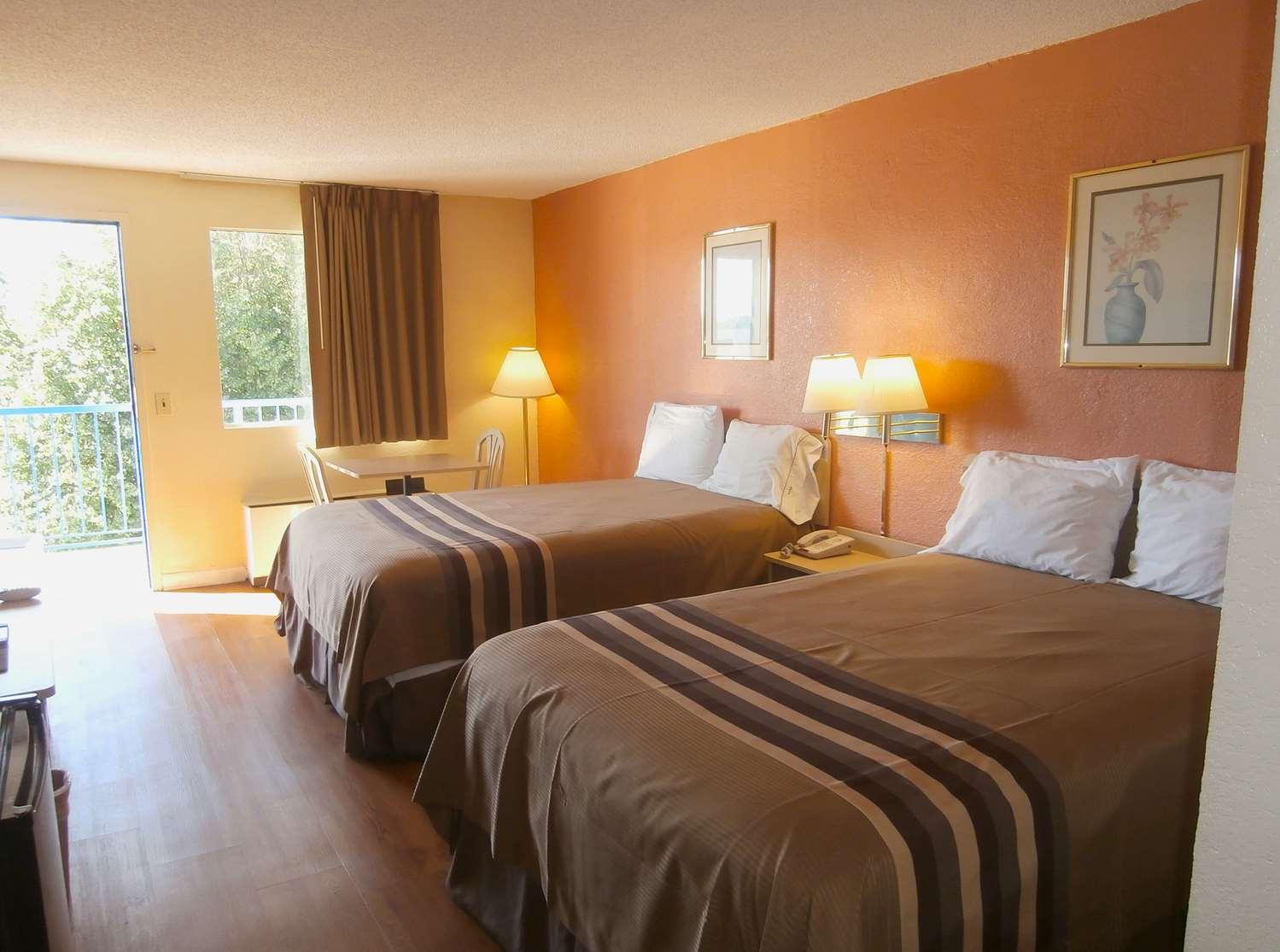 Room - Americas Best Value Inn Tucker