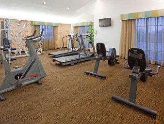 Fitness/ Exercise Room - Days Inn & Suites Schaumburg