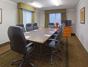 Meeting Facilities - Days Inn & Suites Schaumburg