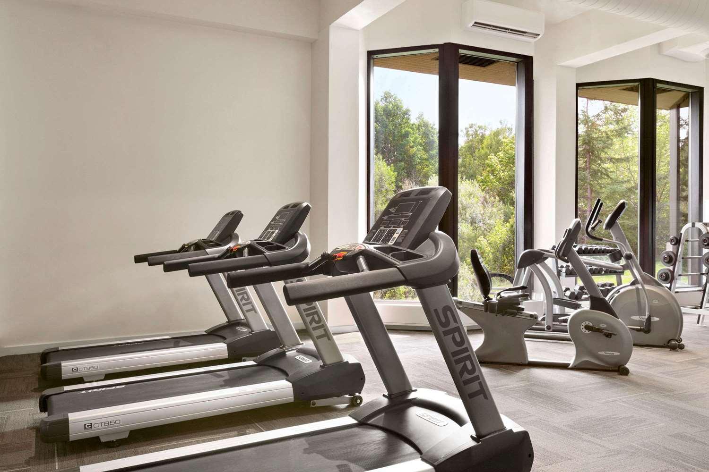 Fitness/ Exercise Room - Travelodge Sydney