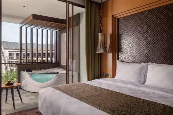 Hotel GOLDEN TULIP JINENG RESORT BALI - Suite with Jacuzzi