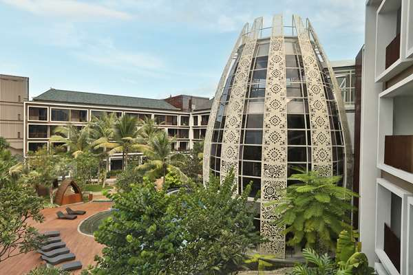4 star hotel GOLDEN TULIP JINENG RESORT BALI