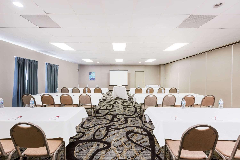 Meeting Facilities - Ramada Hotel Ankeny