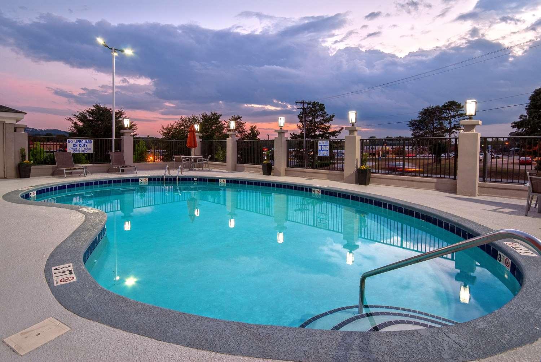 Pool - Best Western Travelers Rest Motor Inn