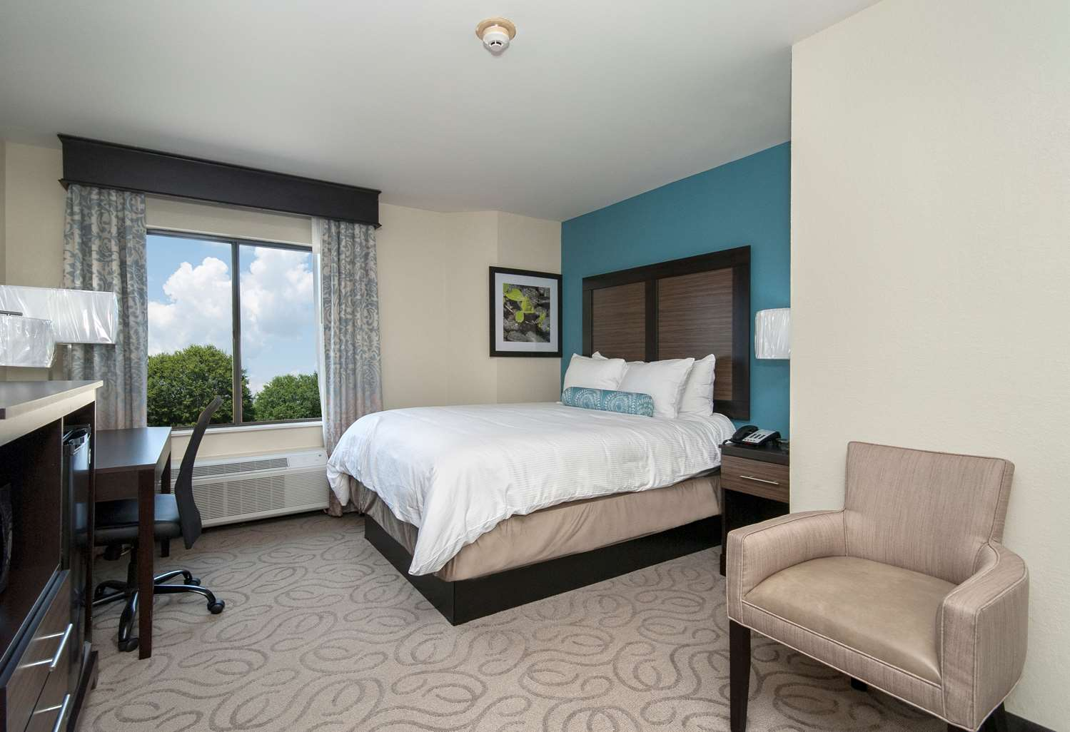 Room - Best Western Travelers Rest Motor Inn