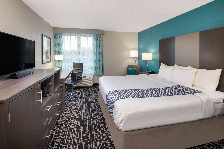 La Quinta Inn Suites East Point Ga See Discounts