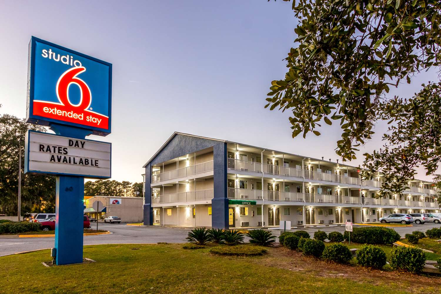 Exterior view - Studio 6 Extended Stay Motel Savannah