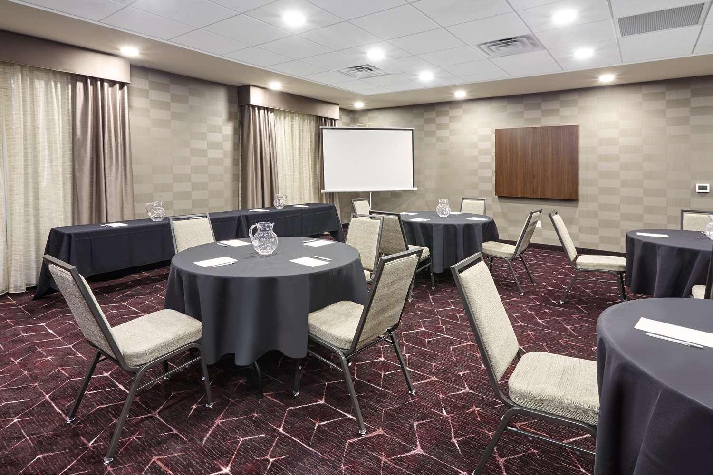 Meeting Facilities - Hampton Inn Fond du Lac